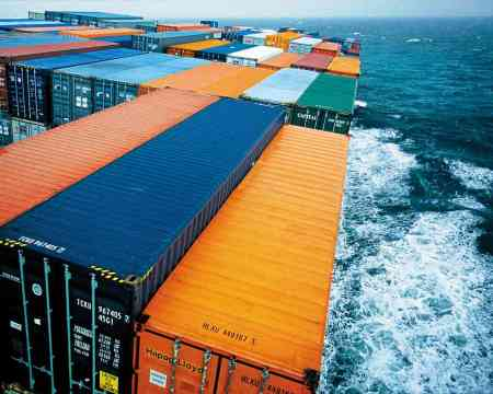 Containers Onboard (Image source: Courtesy of Hapag Lloyd)